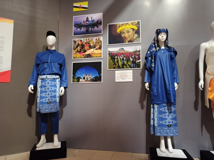 Nét riêng trong trang phục truyền thống 10 nước ASEAN - 1