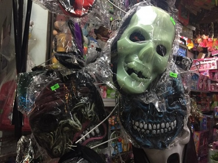 Thị trường đồ hóa trang Halloween 2020 sôi động bất chấp COVID -19 - 6