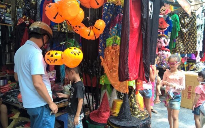 Thị trường đồ hóa trang Halloween 2020 sôi động bất chấp COVID -19 - 9