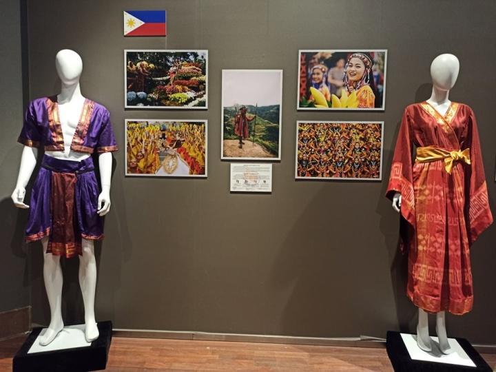 Nét riêng trong trang phục truyền thống 10 nước ASEAN - 5