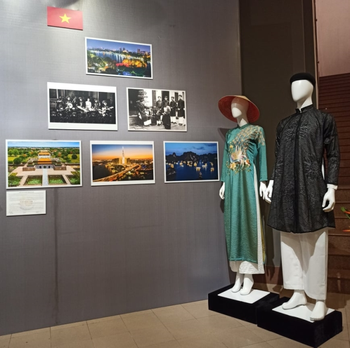 Nét riêng trong trang phục truyền thống 10 nước ASEAN - 10