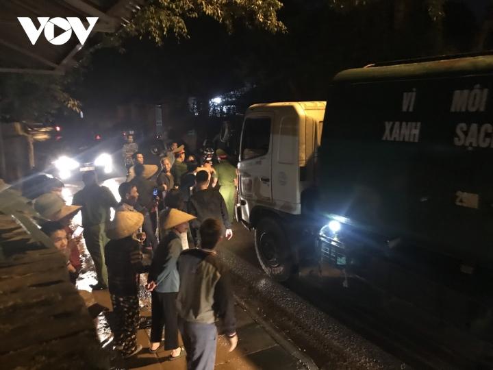 Thông xe vào khu xử lý rác thải Nam Sơn - 4