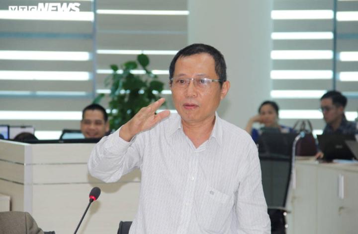 Cơn cuồng phong bão số 9 đang đi ngang, tiến thẳng Quảng Ngãi -Bình Định - 1