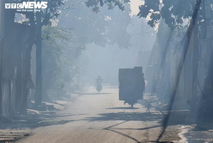 Nỗi ám ảnh không khí nồng nặc hóa chất của người dân 'làng ung thư' ở Bắc Ninh - 5