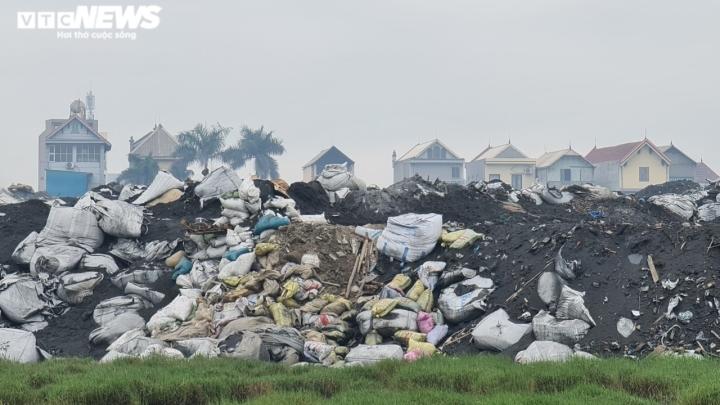 Nỗi ám ảnh không khí nồng nặc hóa chất của người dân 'làng ung thư' ở Bắc Ninh - 6