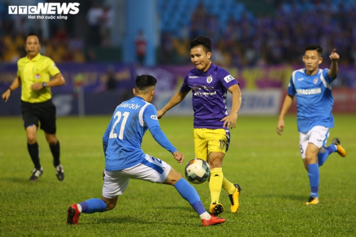 Văn Quyết: 'Quang Hải là nhân tố đặc biệt của Hà Nội FC'  - 2