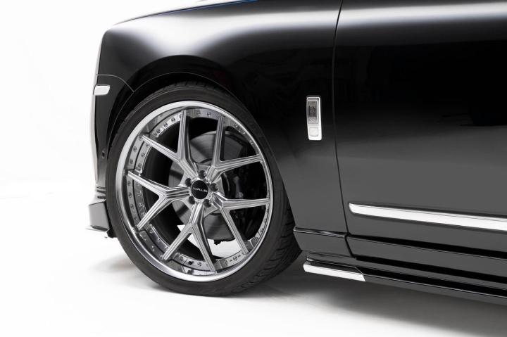 Rolls-Royce Cullinan đẳng cấp với bộ bodykit trứ danh Black Bison  - 5