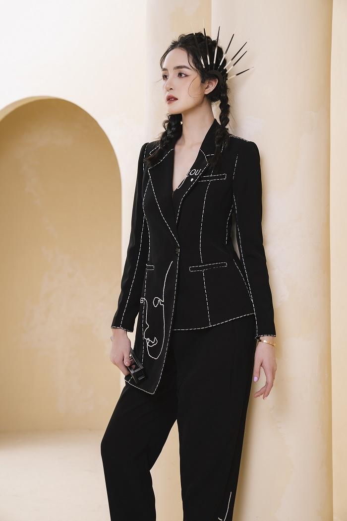 Á hậu Hoàng Anh gợi ý mặc đẹp cả tuần cho giới doanh nhân và văn phòng - 8