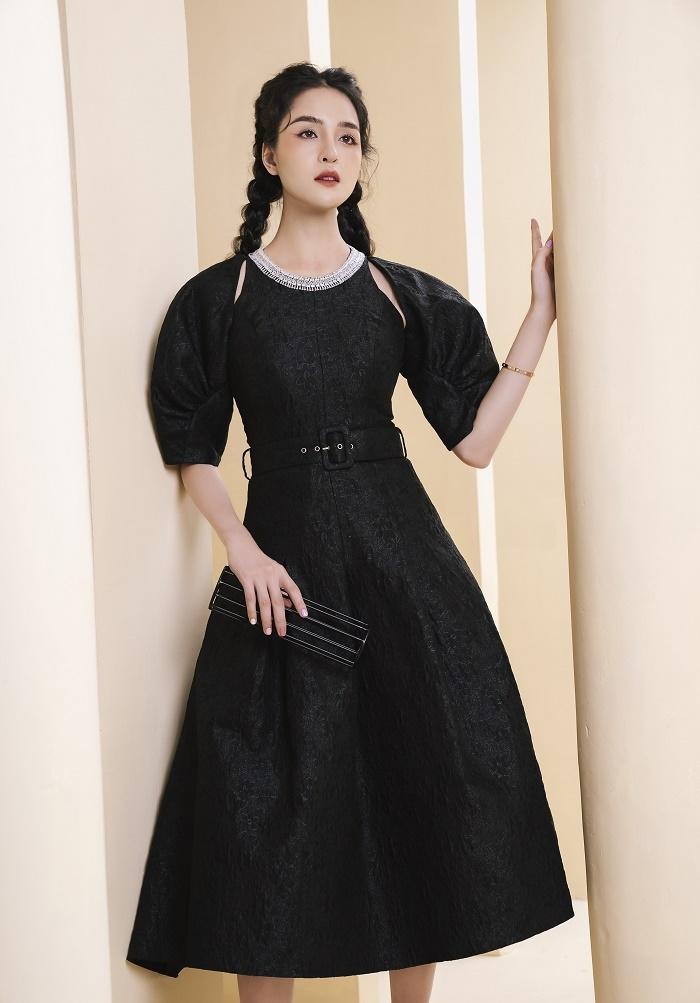 Á hậu Hoàng Anh gợi ý mặc đẹp cả tuần cho giới doanh nhân và văn phòng - 7