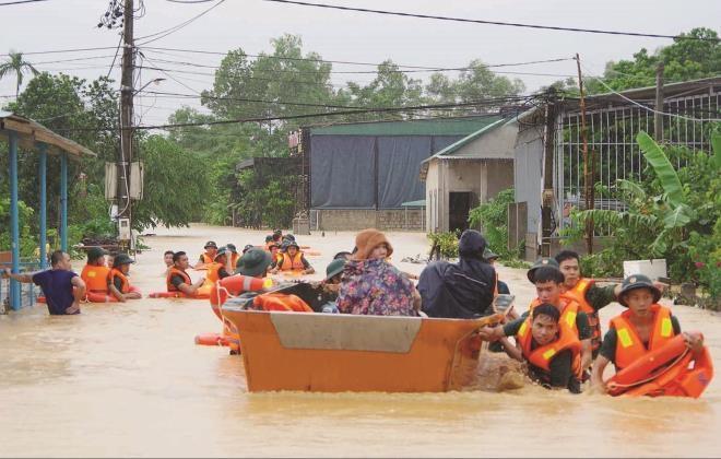 Thủ tướng cấp 670 tỷ đồng cho 9 tỉnh khắc phục hậu quả bão, lũ  - 1