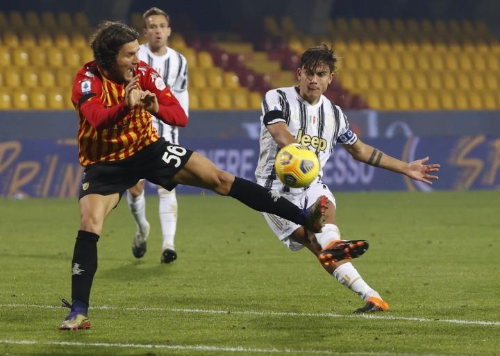 Vắng Ronaldo, Juventus không thắng nổi đội yếu ở Serie A - 2