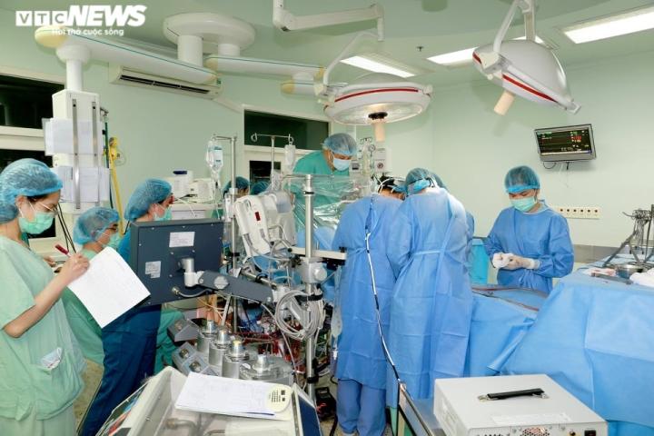 Hành trình đặc biệt mang trái tim vượt nghìn kilomet cứu người đàn ông ở Huế - 1