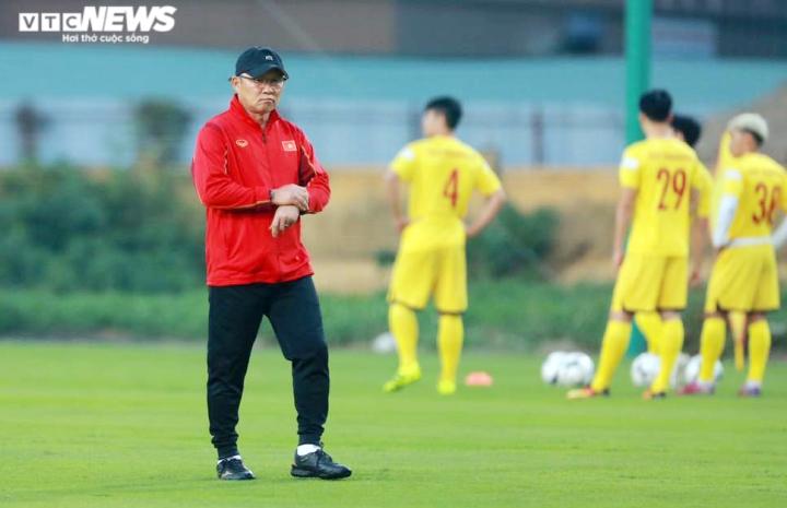 HLV Park Hang Seo thay đổi tuyển Việt Nam theo cách chưa từng có - 2