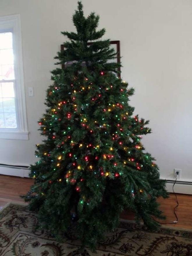 Chết cười xem những cây thông Noel xấu xí đến mức thảm họa - 10