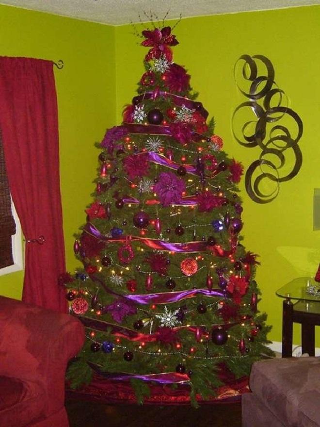 Chết cười xem những cây thông Noel xấu xí đến mức thảm họa - 8