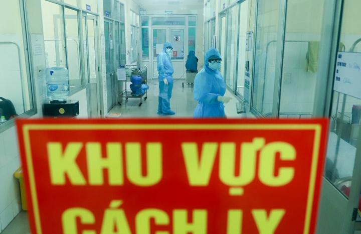 Chuyên gia Nhật Bản cùng 5 người Việt Nam nhập cảnh mắc COVID-19 - 1