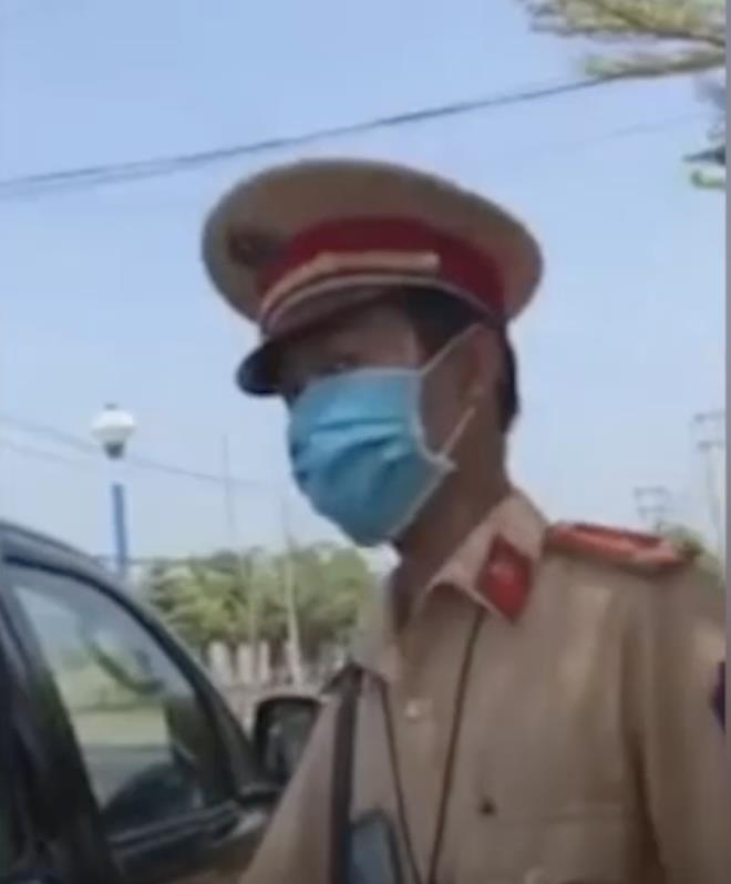PGĐ Công an Đồng Nai: Sẽ xử lý cả các lãnh đạo liên đới clip 'xe đã gửi sếp' - 2