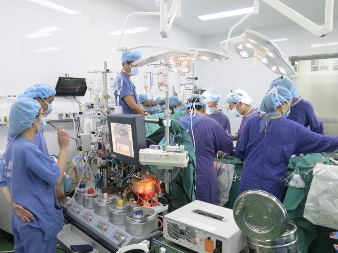 Hàng loạt kỷ lục mới trong lĩnh vực ghép tạng ở Việt Nam - 2