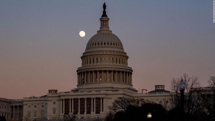آمریکا هفته تاریخی را آغاز می کند - 1