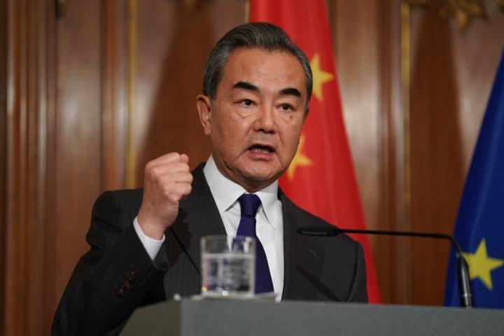 وزیر امور خارجه چین با تبلیغ دیپلماسی واکسیناسیون ، به آفریقا شتافت - 1