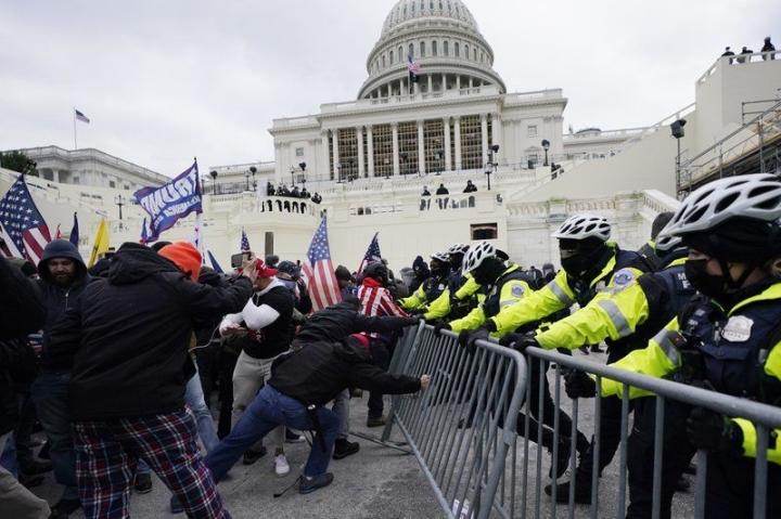 واشنگتن وضعیت اضطراری را تا 15 روز پس از قیام تمدید کرد - 1