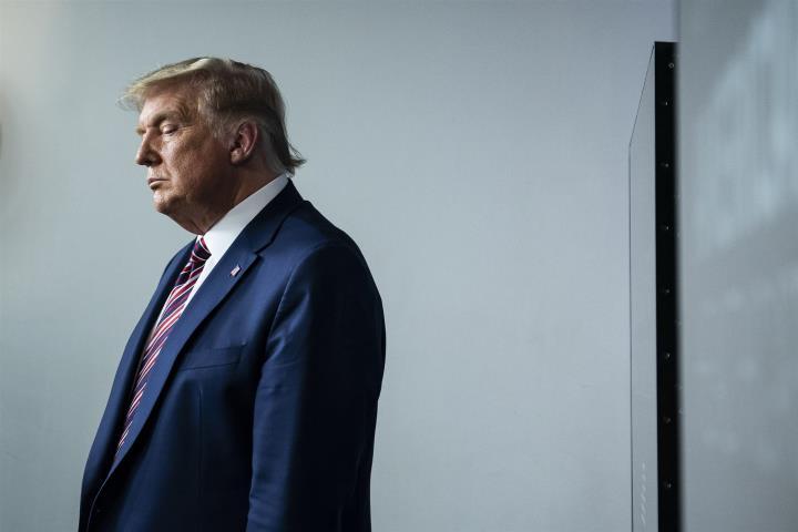 پلوسی ، رئیس مجلس نمایندگان ایالات متحده خواستار برکناری ترامپ است - 1