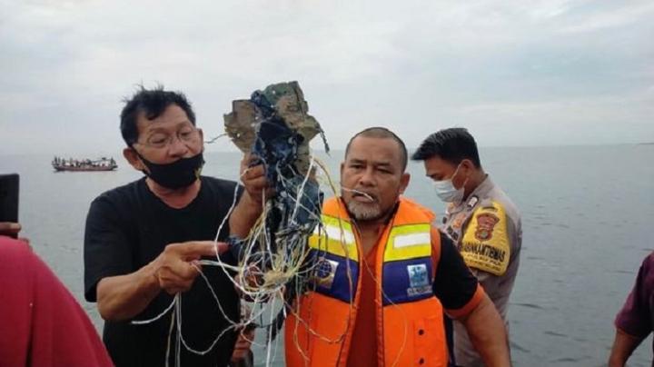 بقایای موجود در هواپیمای اندونزی حامل 62 گمشده - 1