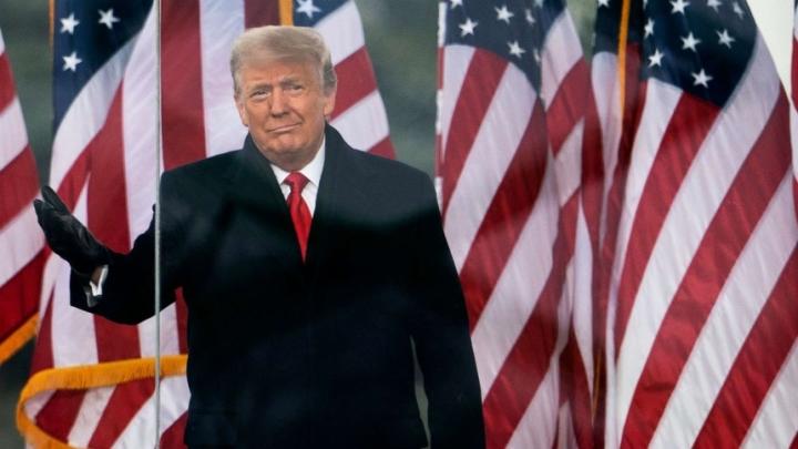 رئیس جمهور ترامپ در روزهای از دست دادن حساب های خود در شبکه های اجتماعی - 2