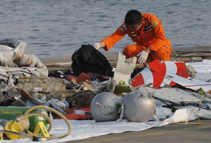 ویتنام پس از سقوط هواپیمای اندونزیایی تسلیت می گوید - 1