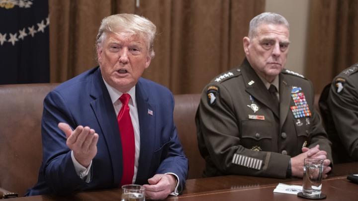قدرت در آخرین روزهای مسئولیت آقای ترامپ نگران کننده است - 2