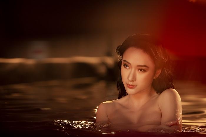 Sau 3 năm rút khỏi showbiz, Angela Phương Trinh tung bộ ảnh kiêu sa, gợi cảm - 7