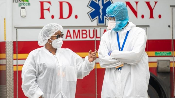ثبت بیش از 4200 مورد مرگ COVID-19 در یک روز در ایالات متحده - 1