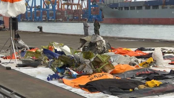 جمع آوری موفقیت آمیز داده جعبه سیاه هواپیماها در اندونزی سقوط کرد - 1