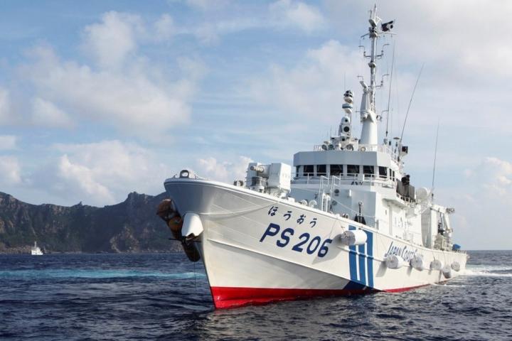 ژاپن در برابر تجاوزهای کشتی های چینی به دریای سرزمینی واکنش تندی نشان داده است - 1