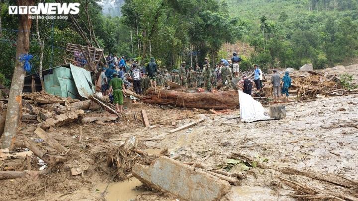 Sạt lở đất ở miền Trung: 'Đến hiện trường mới thấy sự khủng khiếp hơn nhiều' - 2
