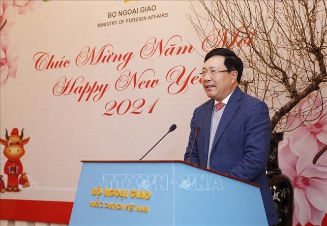 احترام به نمایندگی های مطبوعات به دلیل دیپلماسی ویتنام - 1
