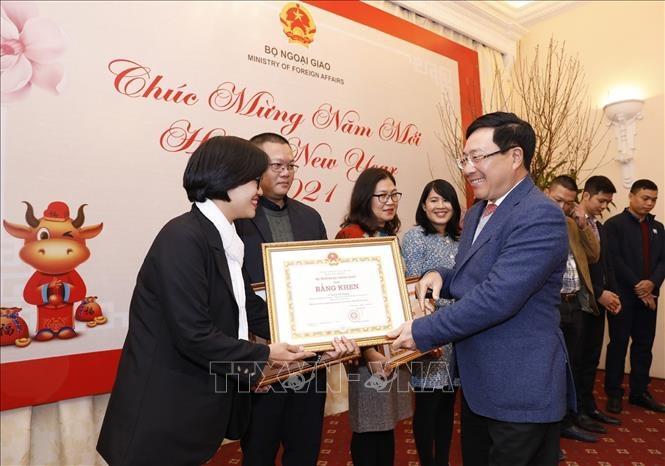 احترام به آژانس های مطبوعاتی به دلیل دیپلماسی ویتنام - 9