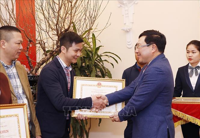 احترام به آژانس های مطبوعاتی به علت دیپلماسی ویتنام - 5