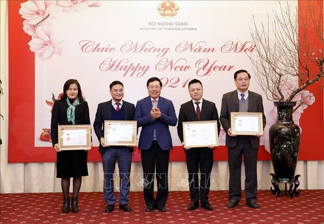 احترام به نمایندگی های مطبوعات به دلیل دیپلماسی ویتنام - 7