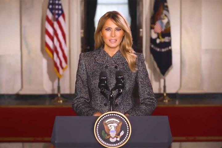 بانوی اول ملانیا ترامپ خداحافظی کرد - 1