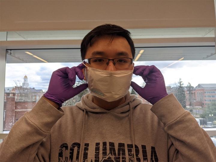 Kỹ sư Việt tại Mỹ nghiên cứu miếng dán đưa vaccine COVID-19 vào cơ thể - 3