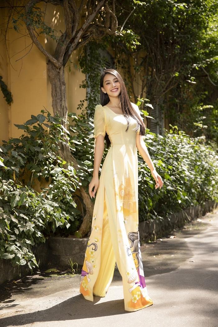Hoa hậu Tiểu Vy đẹp tinh khôi với áo dài truyền thống  - 10