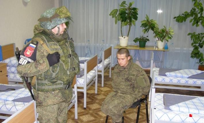 تصمیم سربازان روسی برای شلیک و کشتن هشت رفیق - 1