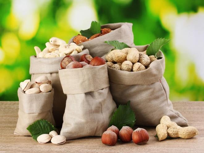 Trẻ nên ăn gì để bảo vệ sức khoẻ vào mùa đông? - 1