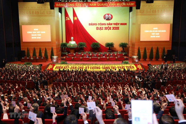 رسانه های بین المللی نقش حزب کمونیست ویتنام را ستایش می کنند - 1