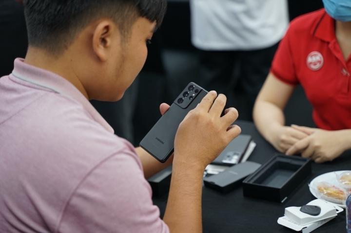 Galaxy S21 giảm 5-6 triệu đồng trước khi mở bán chính thức