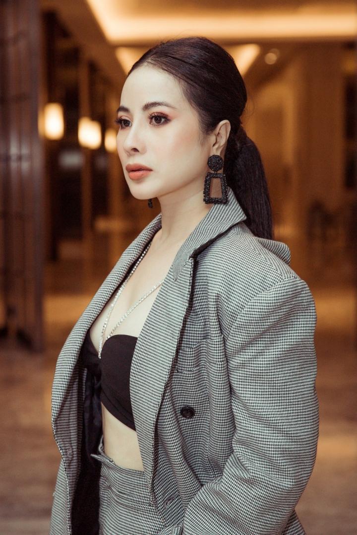 Fashion SYD'N: Cùng phụ nữ hiện đại tự tin làm chủ cuộc sống - 3