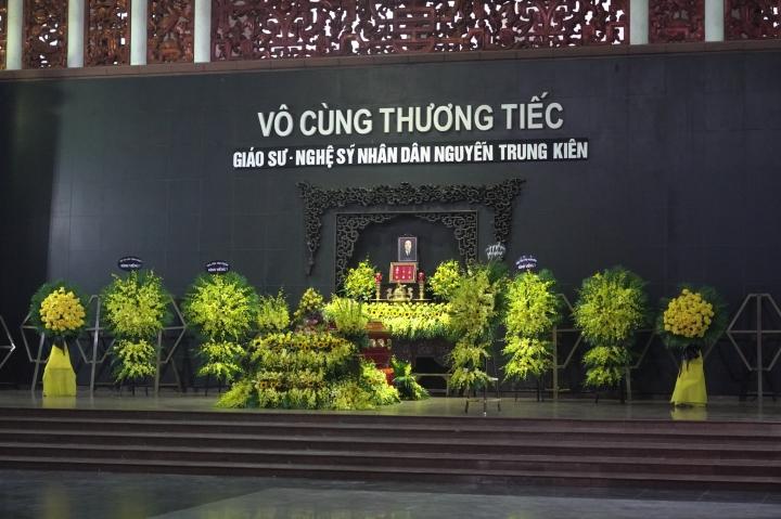 Gia đình và đồng nghiệp tiễn biệt NSND Trung Kiên - 3