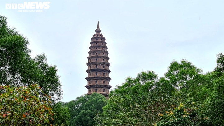 Khám phá chùa Phật Tích nghìn năm tuổi qua góc máy từ trên cao - 9