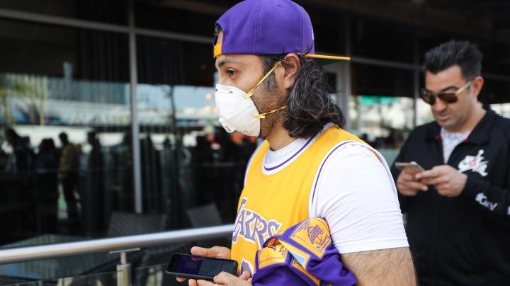 ضروری است که ایالات متحده هنگام مسافرت با حمل و نقل عمومی از ماسک استفاده کند - 1